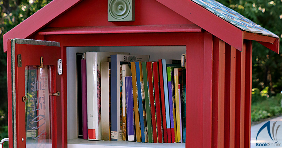 7 Ways to Grow Your Home Library on a Budget